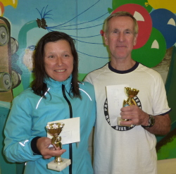 Viv and Mick W55 and M60 winners at the West Wight Hills